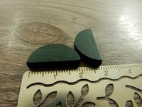 Puoliympyrä puuhelmi, 20x10mm, tummanvihreä, 1kpl