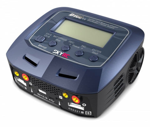 D100-V2 Dual laturi 2 x 100 W 240 VAC / 12 VDC