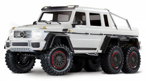 TRX-6 Mercedes G63 AMG 6x6 RTR Valkoinen ei sis. akkua/laturia (88096-5WHT)