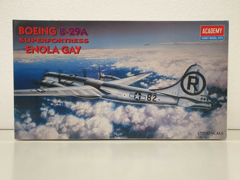 Boeing B-29A Superfortress Enola Gay 1:72 (Academy Hobby Model Kits)
