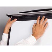 Design magneettinen liikuteltava lehtiötaulu 70 x 100 cm, pyörillä