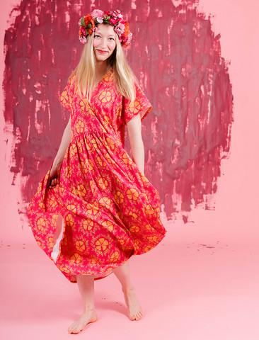 Paratiisi-mekko kirsikka