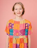 Sesilia-mekko monivärinen