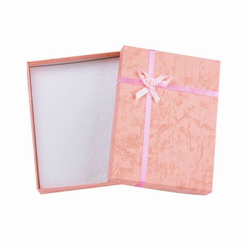 Vaaleanpunainen lahjarasia koruille 12 x 16 x 3cm