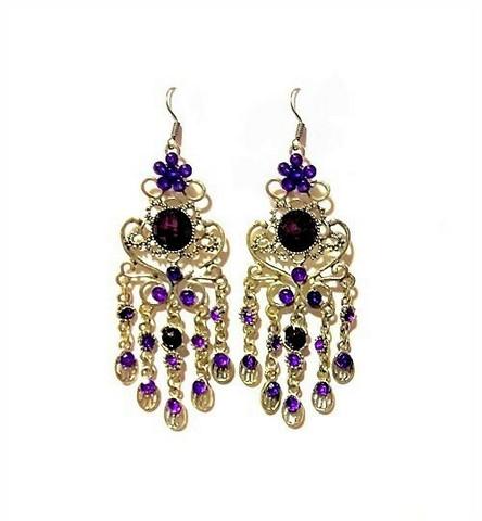 Violetit pronssin väriset korvakorut kimaltelevilla koristuksilla
