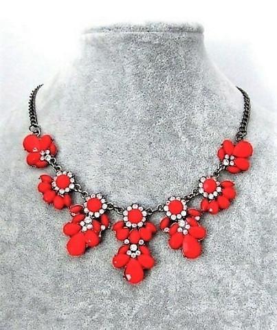 Punainen Akryyli / Kristalli kaulakoru