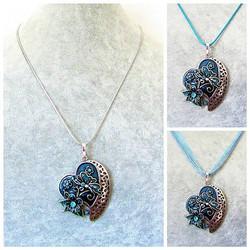 Kaunis sininen sydänkaulakoru