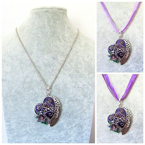 Kaunis violetti sydänkaulakoru