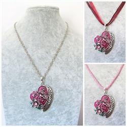 Kaunis pinkki/viininpunainen sydänkaulakoru