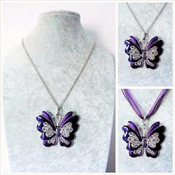 Iso violetti perhoskaulakoru