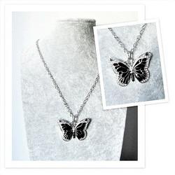 Upea ja laadukas musta perhoskaulakoru