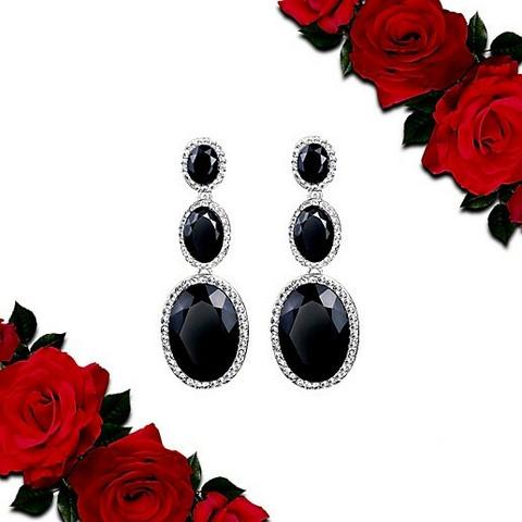 Kauniit Mustat juhlakorvakorut strasseilla ja kristalleilla