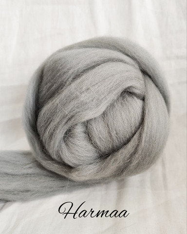 Grey merino wool yarn