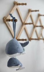 Little Dutch Ocean musiikkirasia ja pikku valas