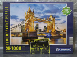 Clementoni London palapeli 1000 palaa glows in the dark