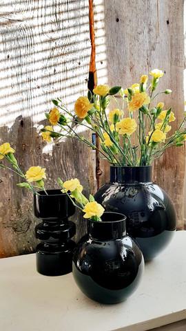 Vas black small