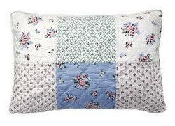 Cushion Nicoline White