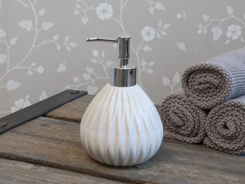 Soap dispenser 2 colours