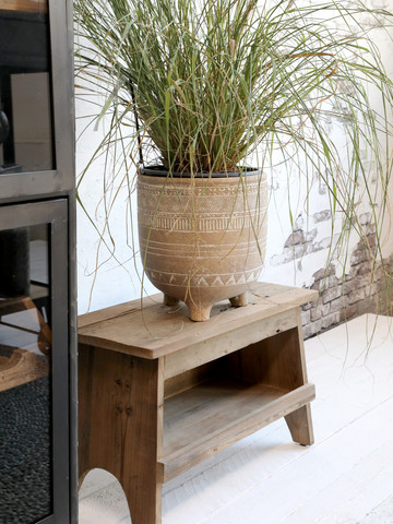 Bench with shelves