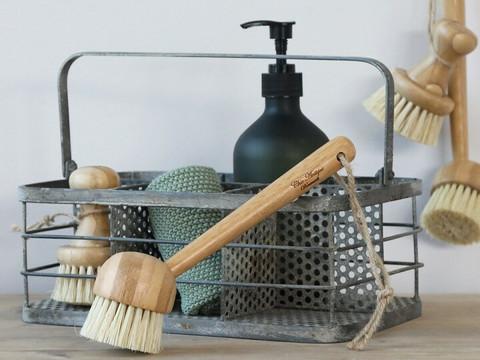 Dishwashing brush