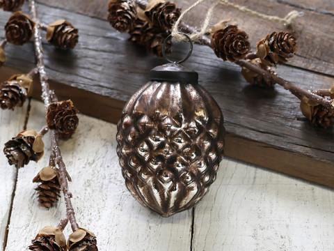 Pinecone antiquemocca