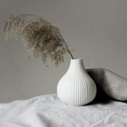 Vas white