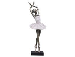 Ballerina hands up