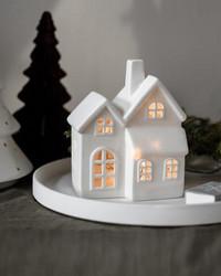 Ceramic candlehouse