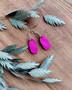Pikkuiset-korvakorut, pinkki