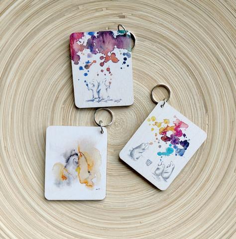 Avaimenperäpakkaus 1, sisältää 3 erilaista avaimenperää