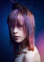 Timanttinen hiustenvärjäys (puolipitkät hiukset)