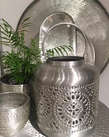 Alumiinilyhty hopea