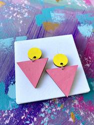 Triangeli kelta-pinkki