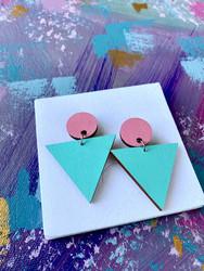 Triangeli -pinkki-turkoosi