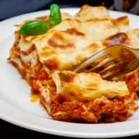 Viikonloppukassi 1 - Talon lasagne 4hlö (L)