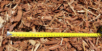 Autokuorma 10m³, kuorikate (ruskea, murskattu, männyn)
