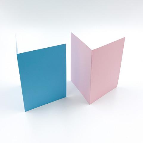 Kaksiosainen korttipohja
