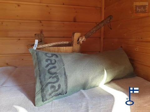 Sanna-Samuel-saunatyynyn päällinen Sauna-teksti Kelo n. 22x50 cm