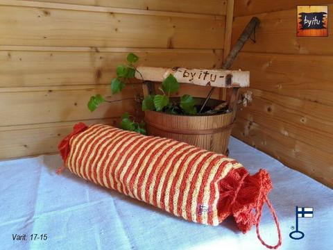 Sakari-saunatyynyn päällinen tupla vaaka tai pysytyraita valmistetaan