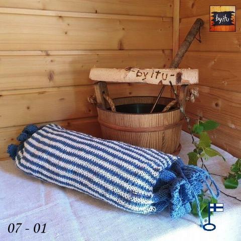 Sanna-Sakari-saunatyyny simppeli Farkku-valkoinen vaakaraita