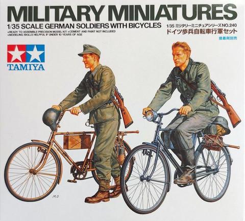 Tamiya 1/35 German Soldiers with Bicycles