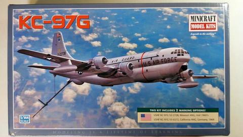 KÄYTETTY Minicraft 1/144 KC-97G