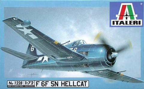 KÄYTETTY Italeri 1/72 F 6F 5N Hellcat
