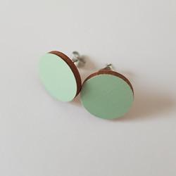 Pyöreä nappikorvakoru, vaaleanvihreä