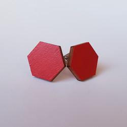 Nappikorvakoru kuusikulmio, punainen