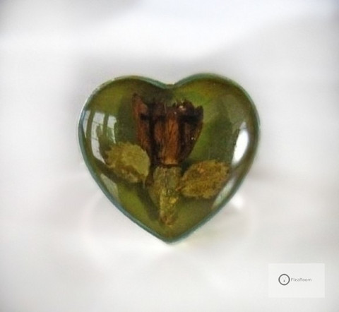 Vanha Hopeasormus Sydän & Kukat