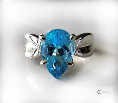 Hopeasormus Sininen Pisara