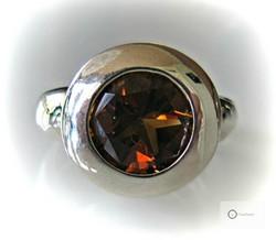 Hopeasormus Oranssinruskea Kivi