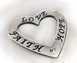 Hopeariipus LOVE FAITH HOPE