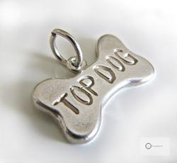 Pieni Hopeariipus /- charm Top Dog